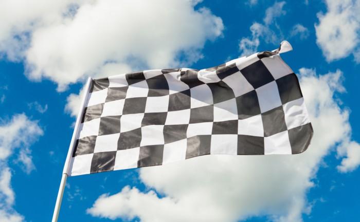 cílová závodní vlajka