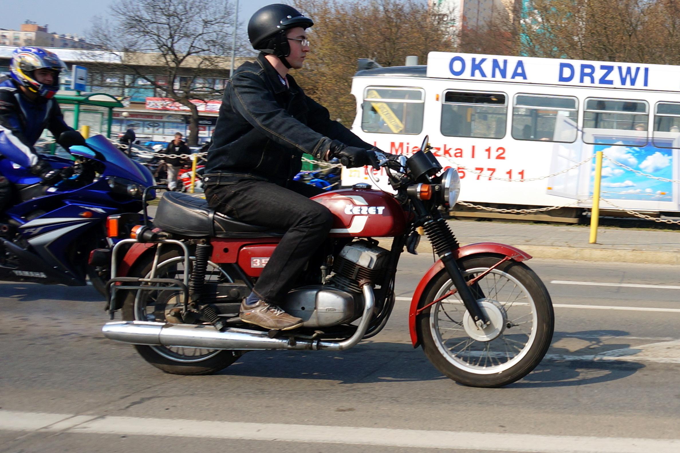 ČZ, Česká zbrojovka, historie ČZ, ČZ 350