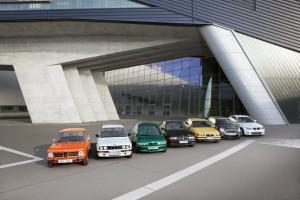 BMW pod proudem