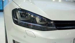 Volkwagen Golf světlo