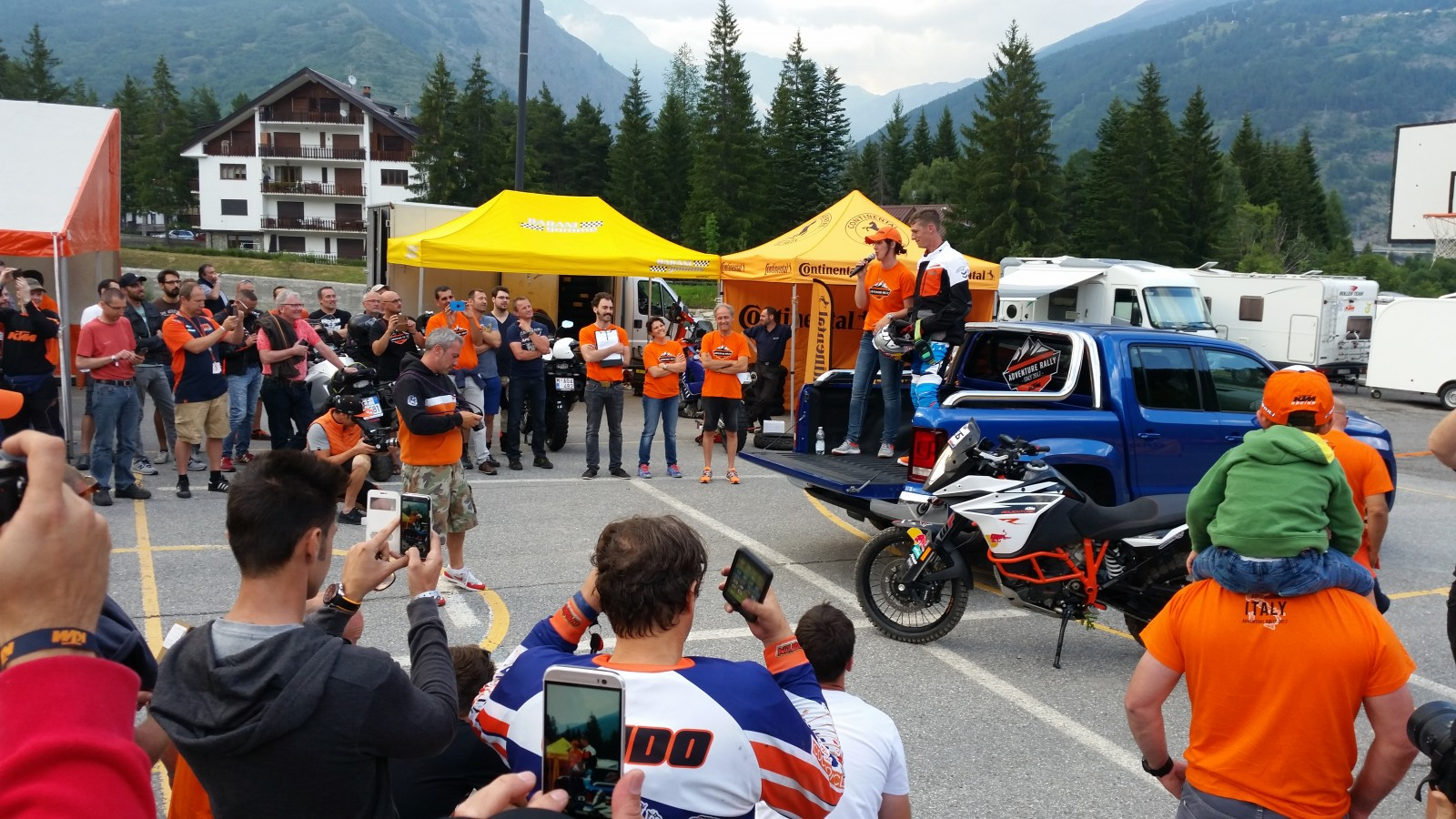 KTM Adventure Rally 2017, základní tábor | Foto: Petr Havlík