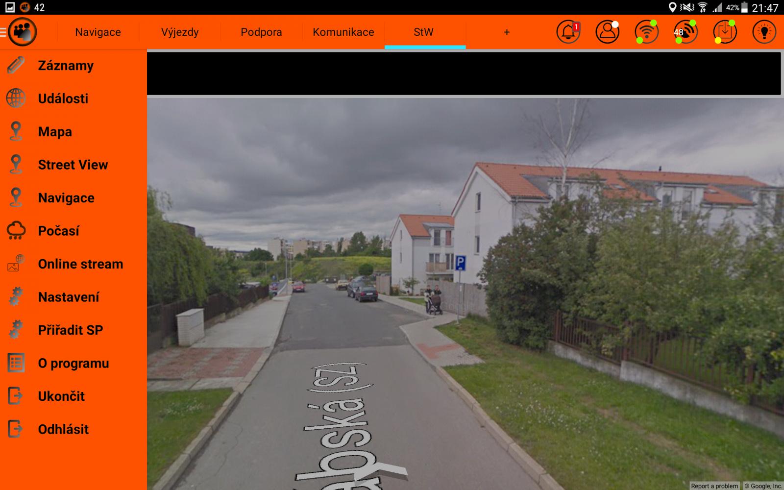 Zobrazení na tabletu v hasičském autě   Foto: HZS Středočeského kraje