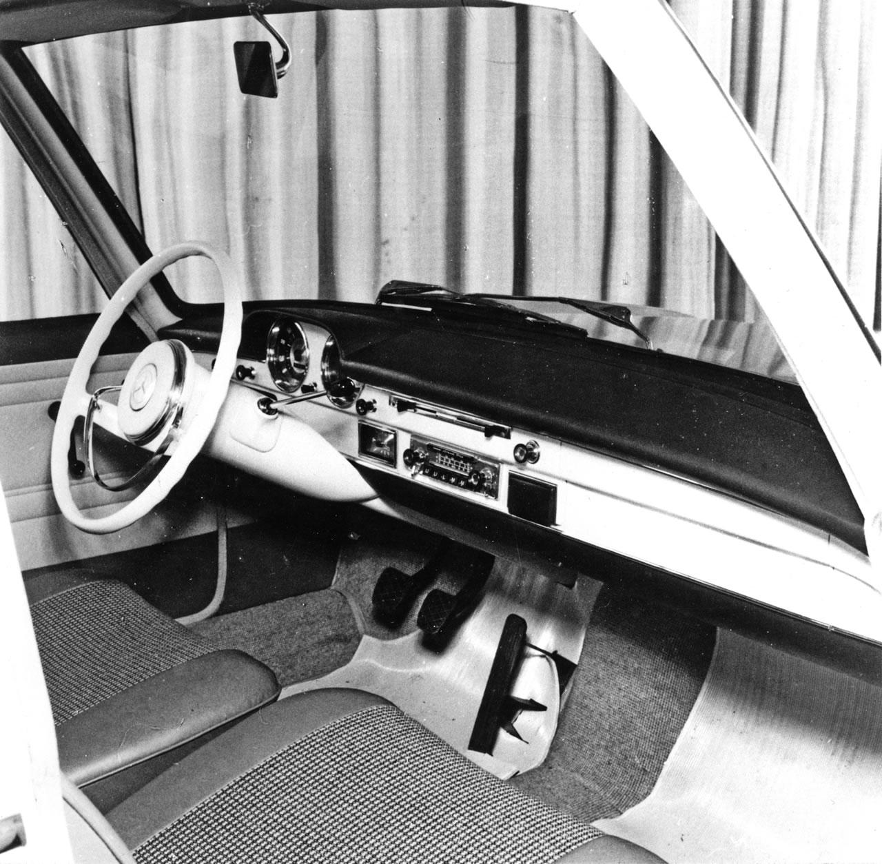 Prototyp Mercedes-Benz W118 | Foto: Mercedes-Benz