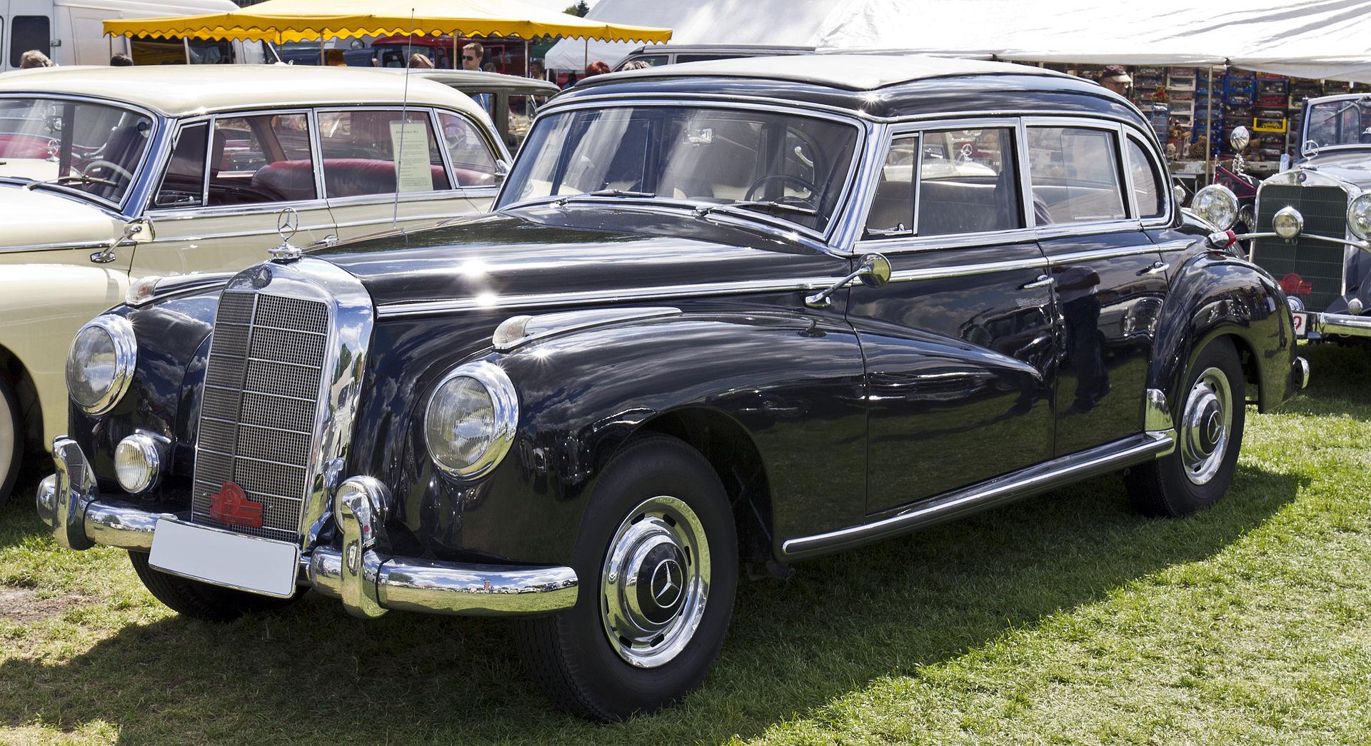 Mercedes W186 Adenauer | Foto: Wikipedia