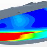 Volkswagen Golf 7, halogenový světlomet po faceliftu: Proudění vzduchu ve světlometu v okolí krycího skla pro nejlepší kombinaci větracích otvorů dle simulací (červená barva – výborné proudění, sytě modrá barva – slabé proudění). K odmlžování kromě proudění výrazně přispívá také teplo ze světelných zdrojů.   Foto: Hella