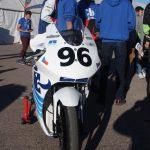 Elektrická motorka před závodem