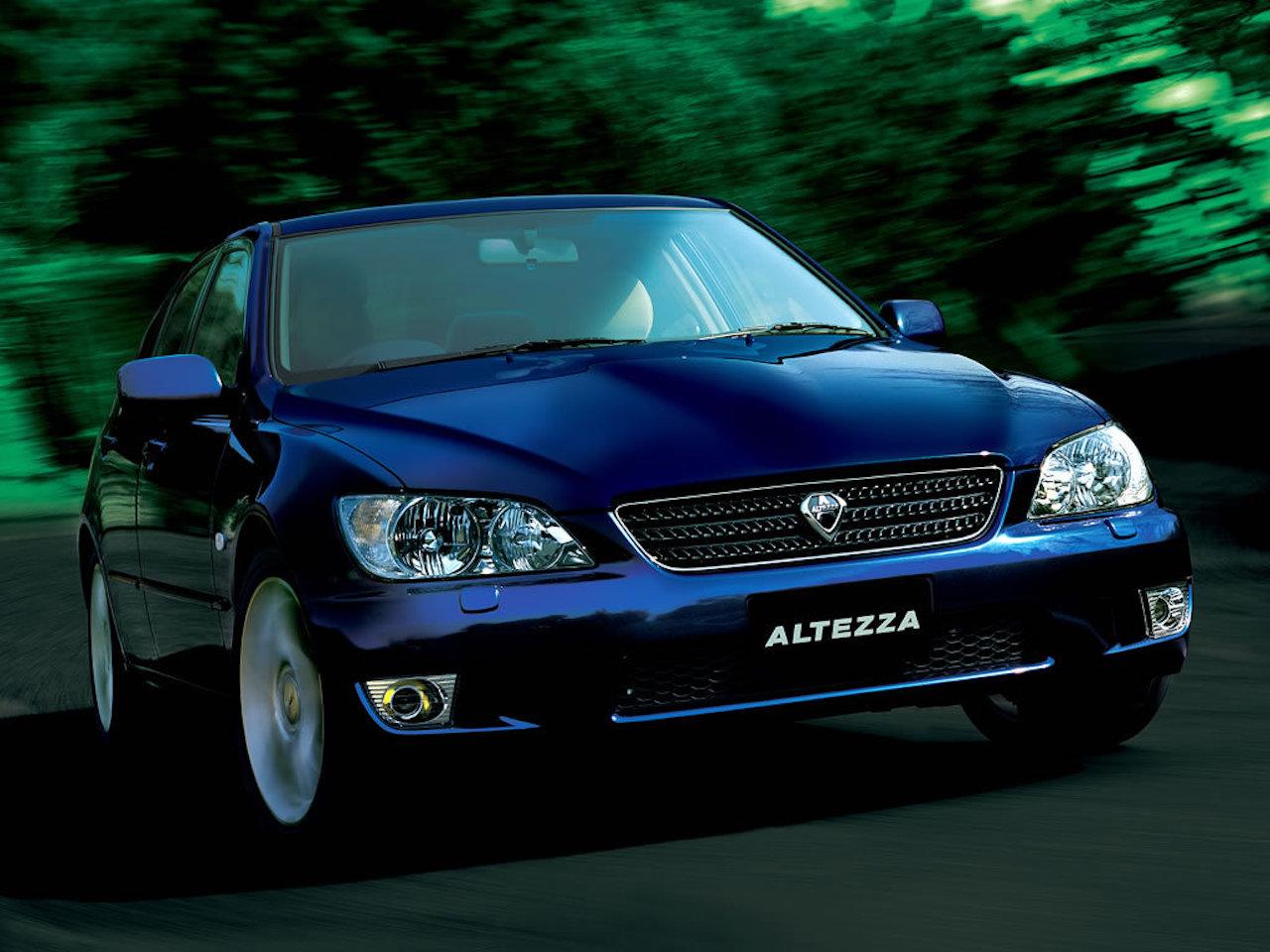 Modrá Toyota Altezza RS 200