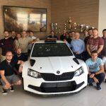 Zaměstnanci Altranu na návštěvě ve Škodě Motorsportu