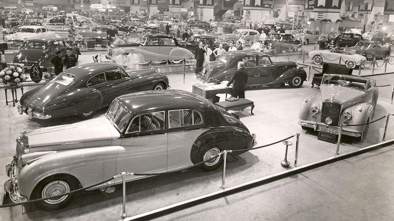 Bentley Continental: ikona v říjnu roku 1953 na výstavě Earls Court Autocar Motor Show.