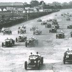 Ve třicátých letech ustavily vozy Bentley množství závodních rekordů. Přesto se značka v té době dostala do finančních potíží.
